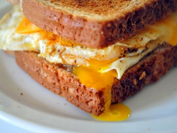 perfect-fried-egg-sandwich